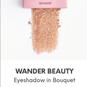 Wander Beauty Eyeshadow in Bouquet NWT